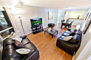 Photo 2: 611 175 Cedar Avenue in Richmond Hill: Harding Condo for sale : MLS®# N4004192