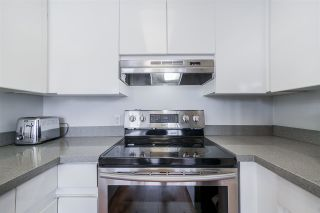 """Photo 12: 501 328 CLARKSON Street in New Westminster: Downtown NW Condo for sale in """"HIGHBOURNE"""" : MLS®# R2519315"""