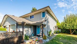 Photo 1: 1324B Lewis Ave in : CV Courtenay City Half Duplex for sale (Comox Valley)  : MLS®# 886041
