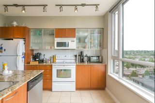"""Photo 7: 1004 4028 KNIGHT Street in Vancouver: Knight Condo for sale in """"KING EDWARD VILLAGE - PHASE II"""" (Vancouver East)  : MLS®# R2408110"""