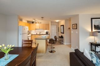 """Photo 7: 301 2225 HOLDOM Avenue in Burnaby: Central BN Condo for sale in """"LEGACY TOWERS"""" (Burnaby North)  : MLS®# R2329994"""