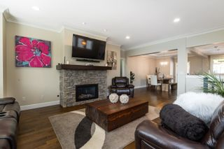 """Photo 10: 5 3457 WHATCOM Road in Abbotsford: Abbotsford East House for sale in """"The Pines"""" : MLS®# R2609632"""