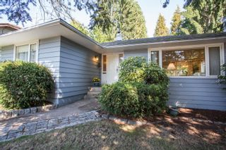 Photo 1: 927 SECOND Street in New Westminster: GlenBrooke North House for sale : MLS®# R2617666