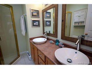 Photo 14: 42 901 Kentwood Lane in VICTORIA: SE Broadmead Row/Townhouse for sale (Saanich East)  : MLS®# 727195