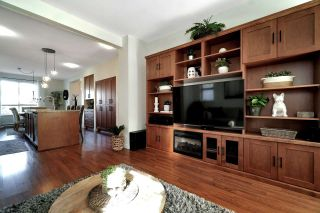 """Photo 15: 101 2738 158 Street in Surrey: Grandview Surrey Townhouse for sale in """"Cathedral Grove"""" (South Surrey White Rock)  : MLS®# R2560930"""