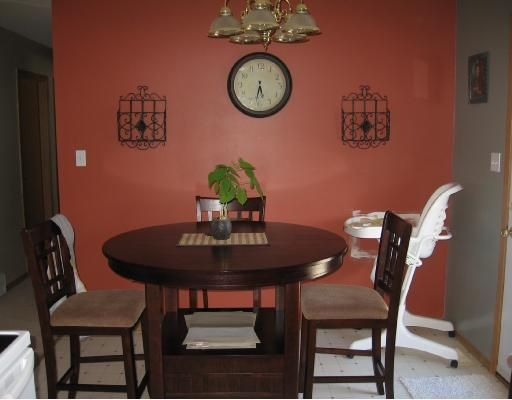 """Photo 4: Photos: 3915 COTTONWOOD Road in Fort_Nelson: Fort Nelson -Town House for sale in """"EAST SUB"""" (Fort Nelson (Zone 64))  : MLS®# N185148"""
