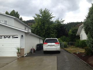 Photo 3: 382 Whitman Road in Kelowna: North Glenmore House for sale (Central Okanagan)  : MLS®# 10070502