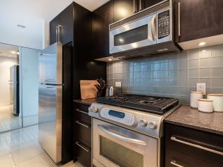 Photo 16: 1106 638 BEACH CRESCENT in Vancouver: Yaletown Condo for sale (Vancouver West)  : MLS®# R2499986