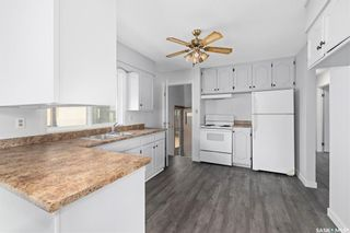 Photo 9: 635 ACADIA Drive in Saskatoon: West College Park Residential for sale : MLS®# SK864203