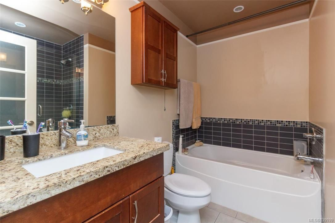 Photo 11: Photos: 205 785 Station Ave in Langford: La Langford Proper Row/Townhouse for sale : MLS®# 839939