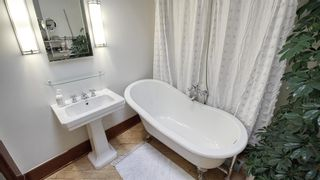 Photo 19: 2118 18 Street SW in Calgary: Bankview Detached for sale : MLS®# A1122374
