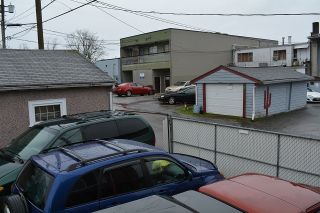 Photo 12: 2028 E 42ND AVENUE in Vancouver: Killarney VE House for sale (Vancouver East)  : MLS®# R2045582