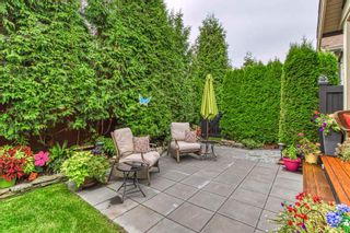 """Photo 3: 13 350 174 Street in Surrey: Pacific Douglas Townhouse for sale in """"The Greens"""" (South Surrey White Rock)  : MLS®# R2433866"""