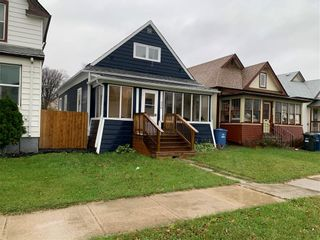 Photo 2: 336 Cathedral Avenue in Winnipeg: North End Residential for sale (4C)  : MLS®# 202125118
