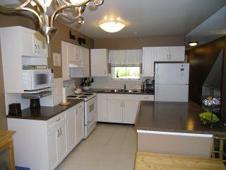 "Photo 6: 18 9036 208TH Street in Langley: Walnut Grove Townhouse for sale in ""Hunter's Glen"" : MLS®# F1211739"