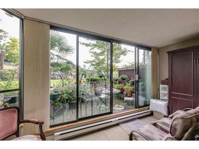 """Photo 9: Photos: G02 1470 PENNYFARTHING Drive in Vancouver: False Creek Condo for sale in """"Harbour Cove"""" (Vancouver West)  : MLS®# V1081390"""