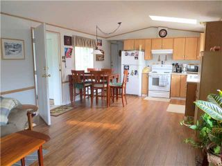"""Photo 4: 30 39768 GOVERNMENT Road in Squamish: Northyards Manufactured Home for sale in """"THREE RIVERS MOBILE HOME PARK"""" : MLS®# V1124602"""