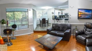 Photo 3: 14 PARKGLEN Place in Port Moody: Heritage Mountain House for sale : MLS®# R2528802