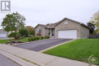 Photo 2: 101 VAUGHAN STREET in Almonte: House for sale : MLS®# 1265308