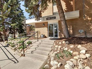 Main Photo: 151 1620 8 Avenue NW in Calgary: Hounsfield Heights/Briar Hill Apartment for sale : MLS®# A1108412