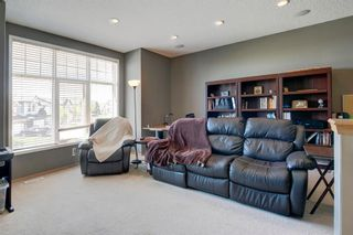 Photo 15: 223 Springborough Way SW in Calgary: Springbank Hill Detached for sale : MLS®# A1114099