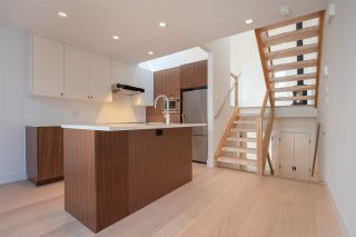 "Photo 6: 1676 ARBUTUS Street in Vancouver: Kitsilano Townhouse for sale in ""ARBUTUS COURT"" (Vancouver West)  : MLS®# R2527219"