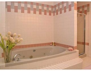 Photo 7: 2326 OLIVER in Vancouver: Arbutus House for sale (Vancouver West)  : MLS®# V753023