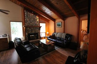 Photo 8: 2489 Forest Drive: Blind Bay House for sale (Shuswap)  : MLS®# 10136151