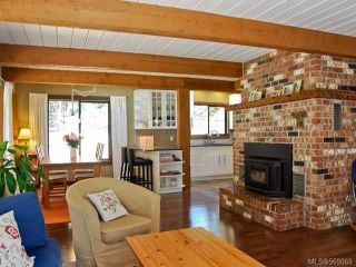 Photo 5: 1077 LAZO ROAD in COMOX: Z2 Comox Peninsula House for sale (Zone 2 - Comox Valley)  : MLS®# 569069