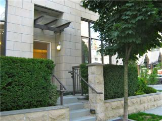 """Photo 5: 901 RICHARDS Street in Vancouver: Downtown VW Townhouse for sale in """"MODE"""" (Vancouver West)  : MLS®# V962659"""