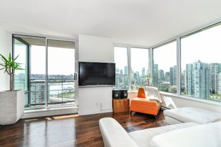 Photo 5: 2206 33 Smithe Street in Vancouver: Yaletown Condo for sale (Vancouver West)  : MLS®# V1090861