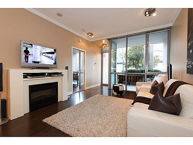 """Main Photo: 585 W 7TH Avenue in Vancouver: Fairview VW Townhouse for sale in """"AFFINITI"""" (Vancouver West)  : MLS®# V1007617"""