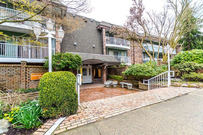 "Main Photo: 313 3875 W 4TH Avenue in Vancouver: Point Grey Condo for sale in ""LANDMARK JERICHO"" (Vancouver West)  : MLS®# R2156496"