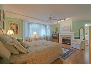 """Photo 11: 28 6211 W BOUNDARY Drive in Surrey: Panorama Ridge Townhouse for sale in """"LAKEWOOD HEIGHTS"""" : MLS®# F1421128"""
