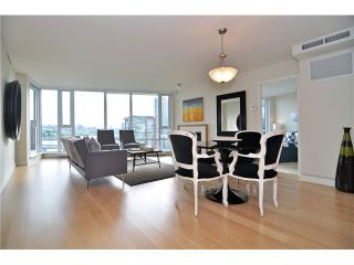 """Photo 6: 1603 8 SMITHE Mews in Vancouver: False Creek Condo for sale in """"Flagship"""" (Vancouver West)  : MLS®# V1064248"""