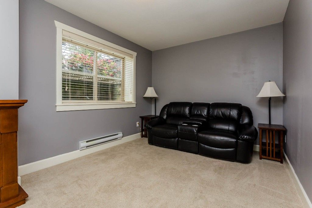 Photo 18: Photos: 8 19560 68 Avenue in Surrey: Clayton Townhouse for sale : MLS®# R2179592