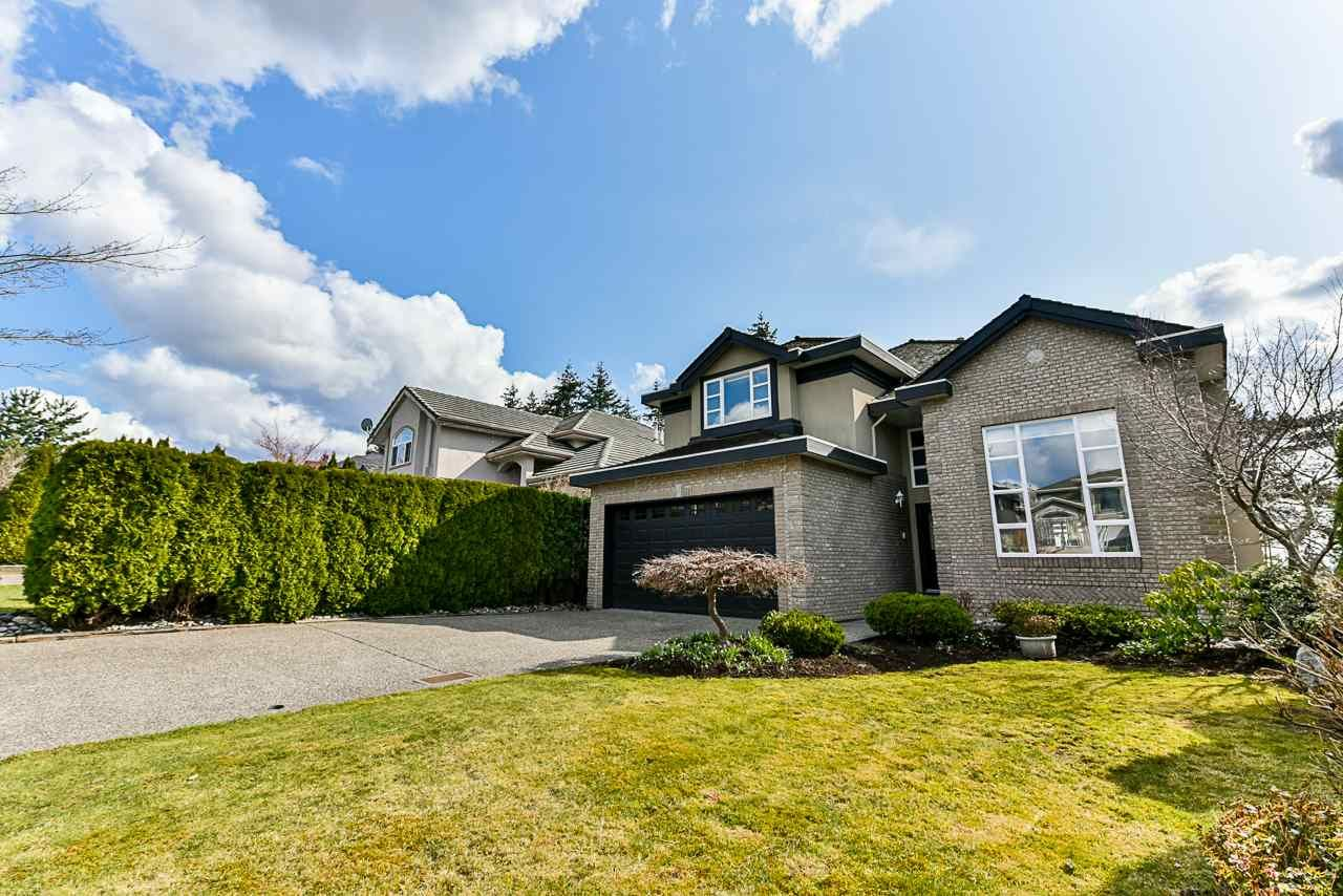 Main Photo: 15522 78A Avenue in Surrey: Fleetwood Tynehead House for sale : MLS®# R2344843