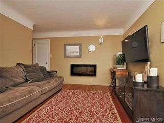 Photo 11: 3511 Salsbury Way in VICTORIA: SE Cedar Hill House for sale (Saanich East)  : MLS®# 662189
