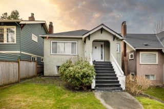 Photo 1: 2731 ALMA Street in Vancouver: Point Grey House for sale (Vancouver West)  : MLS®# R2544455