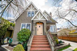 """Photo 3: 412 EIGHTH Avenue in New Westminster: GlenBrooke North House for sale in """"GlenBrook North"""" : MLS®# R2555470"""