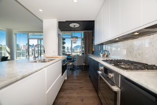 """Photo 6: 1103 88 W 1ST Avenue in Vancouver: False Creek Condo for sale in """"THE ONE"""" (Vancouver West)  : MLS®# R2624687"""