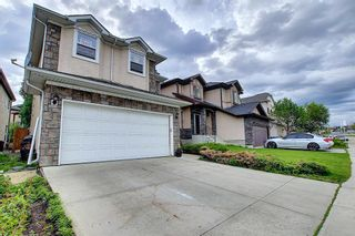 Photo 3: 21 Sherwood Parade NW in Calgary: Sherwood Detached for sale : MLS®# A1123001