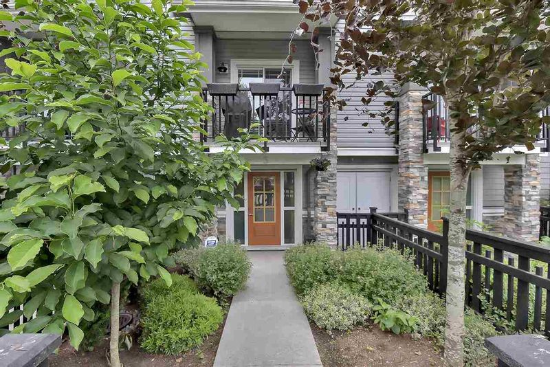 FEATURED LISTING: 3 - 20856 76 Avenue Langley
