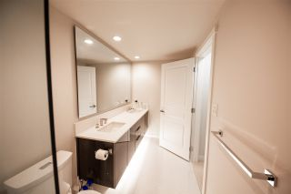 "Photo 5: 1705 3100 WINDSOR Gate in Coquitlam: New Horizons Condo for sale in ""THE LLOYD"" : MLS®# R2475305"