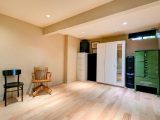 """Photo 16: 4787 DRIFTWOOD Place in Burnaby: Greentree Village Townhouse for sale in """"GreenTree Village"""" (Burnaby South)  : MLS®# R2576696"""