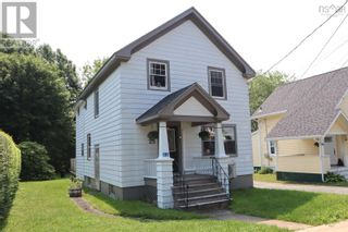 Photo 2: 23 Mersey Avenue in Liverpool: House for sale : MLS®# 202124887