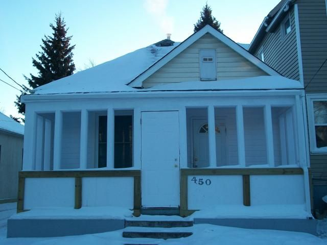Main Photo: 450 BURROWS Avenue in WINNIPEG: North End Residential for sale (North West Winnipeg)  : MLS®# 1100055