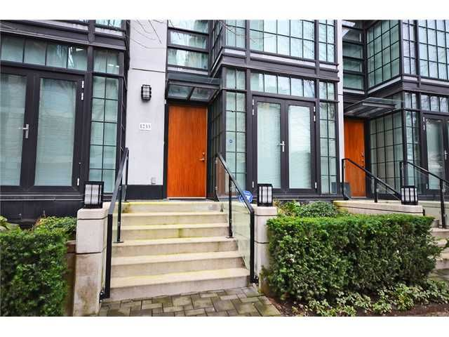 Main Photo: 1233 Seymour Street in Vancouver: Downtown VW Condo for sale (Vancouver West)  : MLS®# V1042541