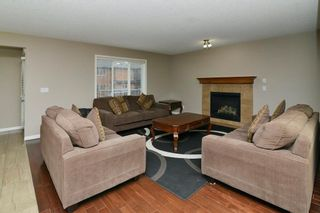 Photo 3: 151 SADDLECREST Gardens NE in Calgary: Saddle Ridge House for sale : MLS®# C4138096