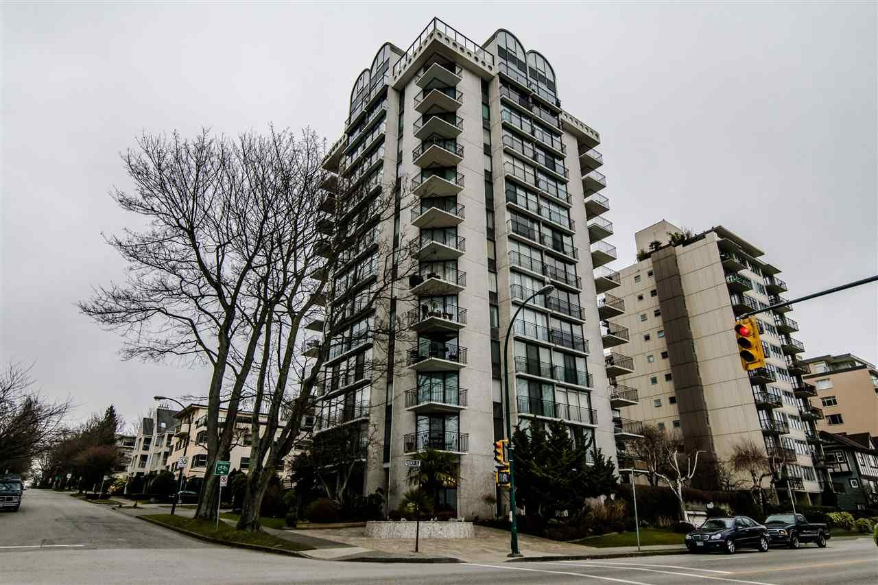 "Main Photo: 601 1575 BEACH Avenue in Vancouver: West End VW Condo for sale in ""Plaza Del Mar"" (Vancouver West)  : MLS®# R2527842"